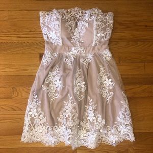 Nude/White Lace Strapless Dress